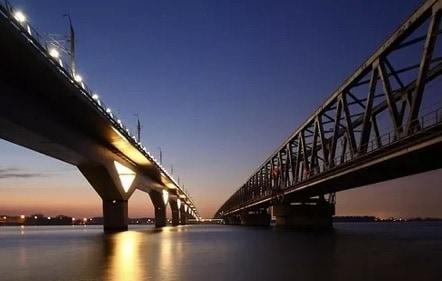 Moerdijkbrug - Peco Douwes - Projecten